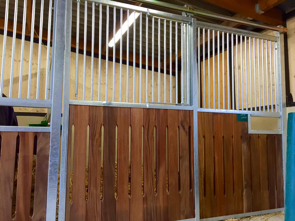 construction_box_structure_equestre
