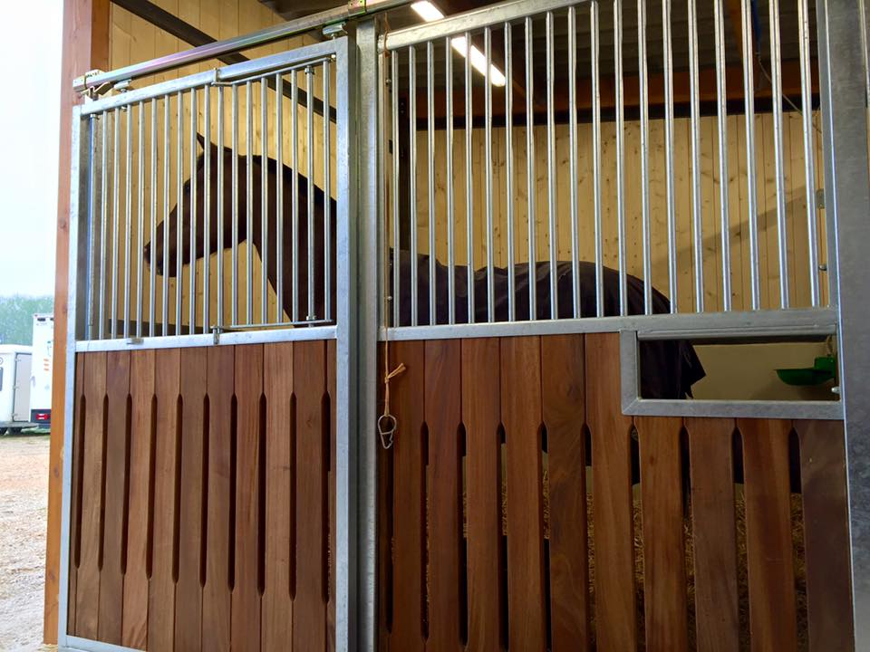 creation_box_chevaux_centre_equestre